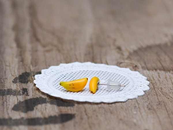 Mali uhani Banane