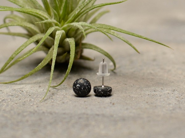 Kamenčki - mali uhani