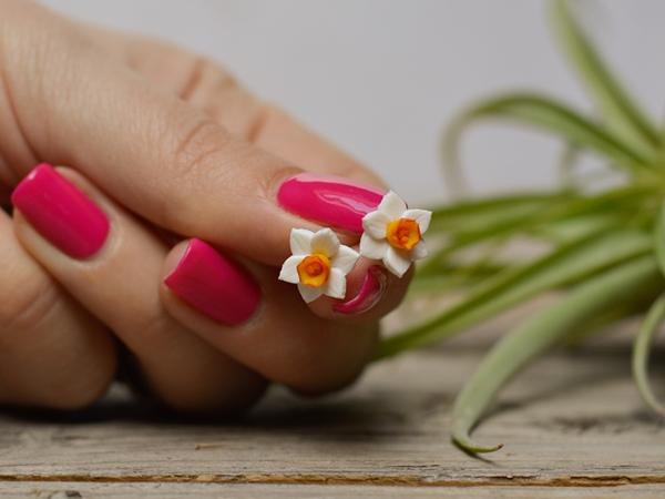 Mali uhani Narcise