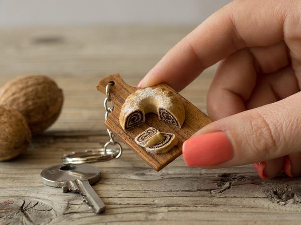 Obesek za ključe Potica