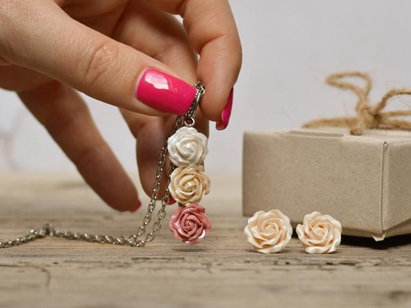 Ogrlica Šopek vrtnic - rose