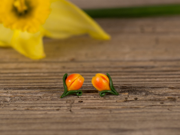 Mali uhani Tulipani